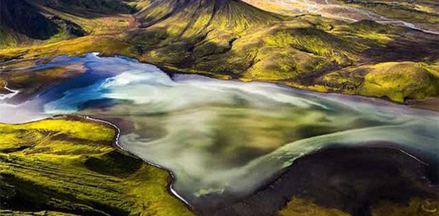 摄影师航拍冰岛秀丽山川吁保护自然