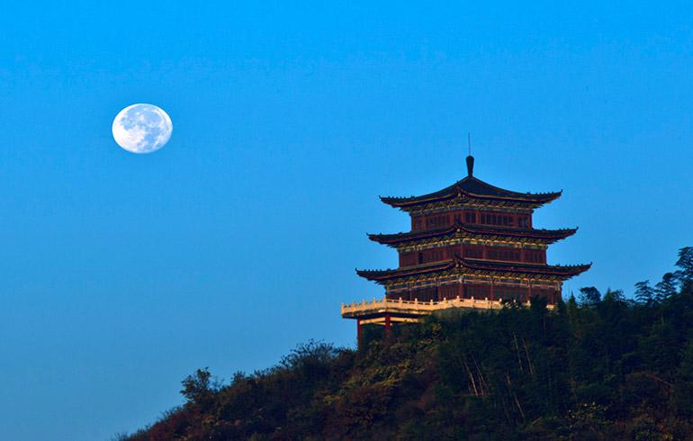 世外桃(tao)源——固始西(xi)九華山