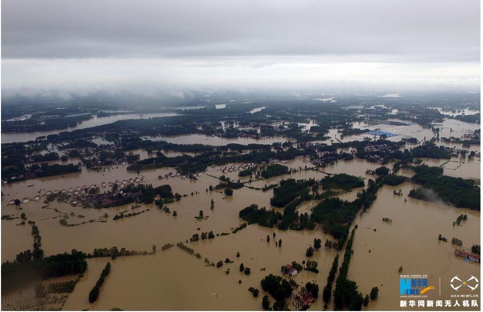 新華網航拍:武漢新洲舉水潰口淹沒區