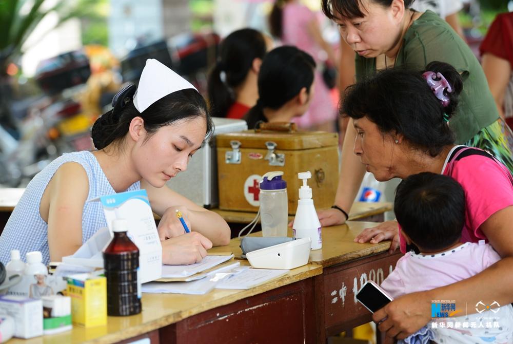 新華網航拍:湖北應城妥善安置受災群眾