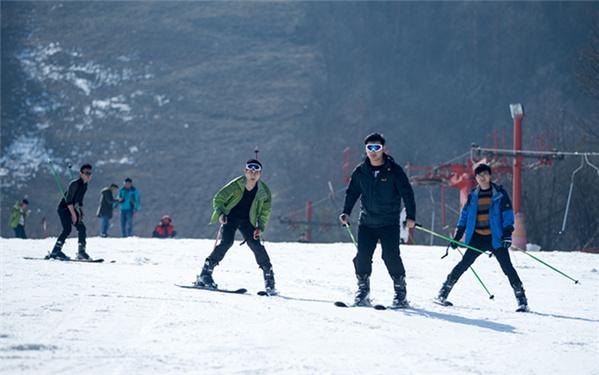 律動中國|湖北神農架開啟冬季滑雪季
