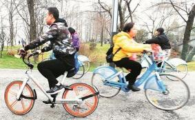 共享單車風行武漢 東湖綠道成騎行樂園