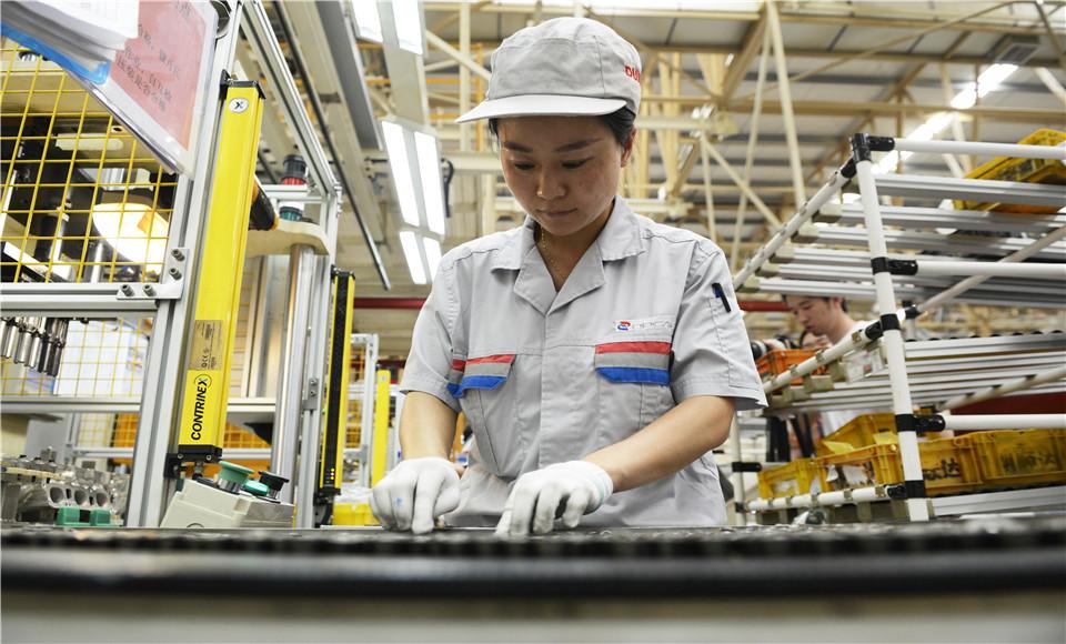 探訪神龍汽車公司襄陽工廠1.2T渦輪增壓發動機生産車間