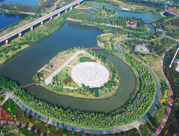 航拍湖北最大城中人工濕地公園——孝感槐蔭公園