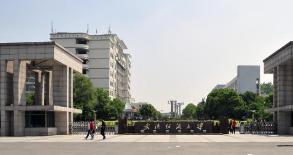 """""""資智回漢""""再打響 武漢紡織大學校友帶來515.8億"""