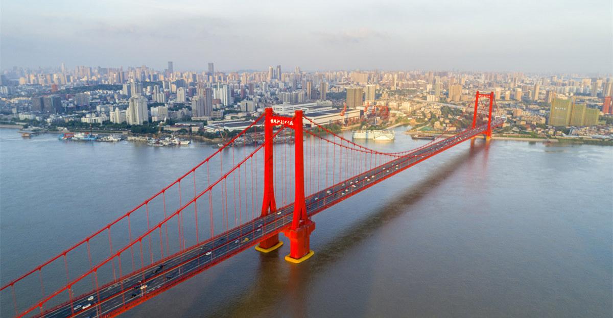 航拍武漢長江主軸重點段 看遍武漢橋梁之美