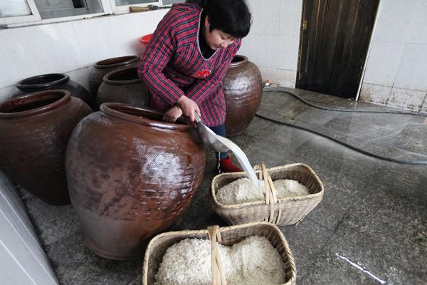 湖北麻城開展非遺項目培訓 傳承老米酒釀造技藝