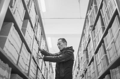 110萬卷檔案入藏城建檔案館 縮微膠片可保存百年