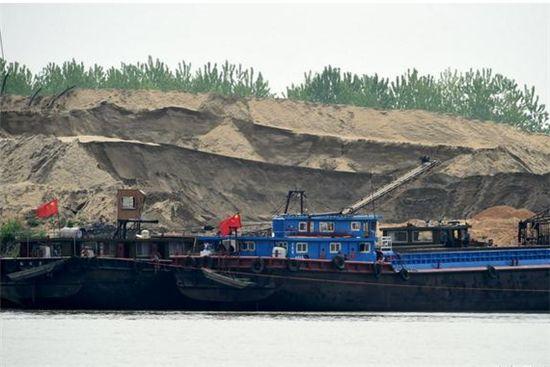 武汉市管理范围内长江、汉江禁止采砂