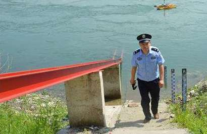 湖北1600名民警任河湖警长 严打三类犯罪行为
