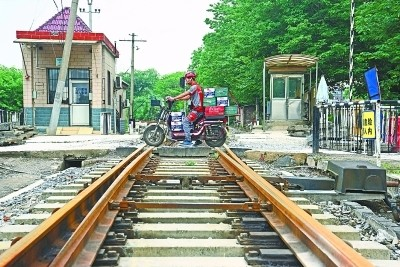 武九铁路北环线正式启动搬迁