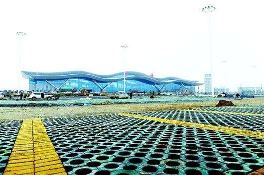 武当山机场改扩建工程竣工 停机坪面积扩大一倍