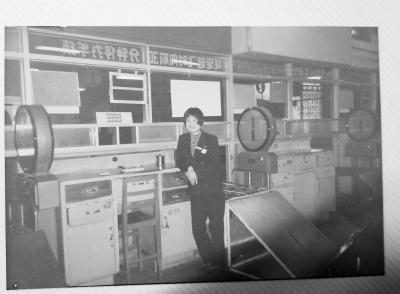 从手写登机牌到扫码过关 机场客服经理27年间见证武汉飞向世界