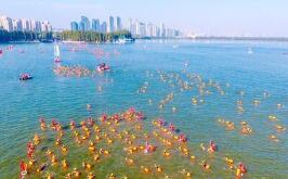 竞赛水域水温过高 2018年武汉水马延期举行