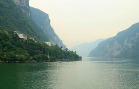 長江三峽下遊將建綠色化工産業園