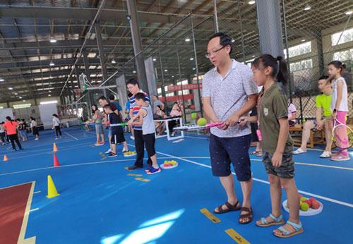 暑假武汉万名小学生免费参加体育培训