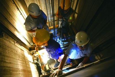 武汉启动夏季电梯安全检查 建立电梯维保器具档案