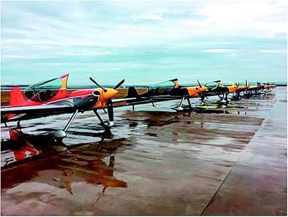 RENO國際航空錦標賽參賽隊全部抵漢 江城天空靜候高手炫技