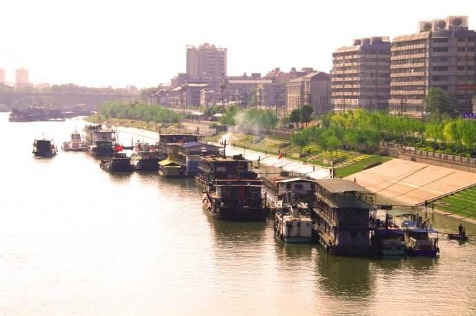 武漢港口碼頭優化調整工作進展順利 新港投4個碼頭本周全部拆除