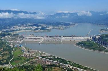 三峽樞紐泄洪騰庫迎接新一輪漲水