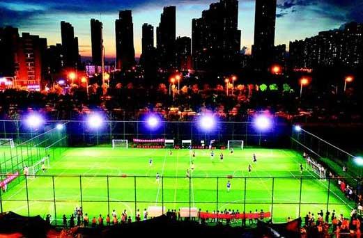 武漢首批社區足球場投入使用