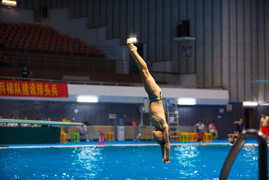 湖北舉辦少年兒童跳水錦標賽