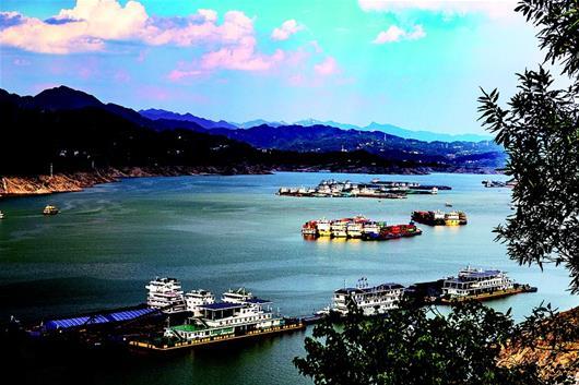長江幹線實施貨船封艙管理