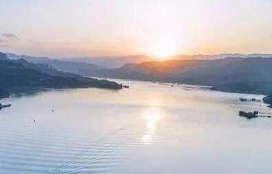三峽水庫持續加大下泄保障長江中下遊供水和生態安全