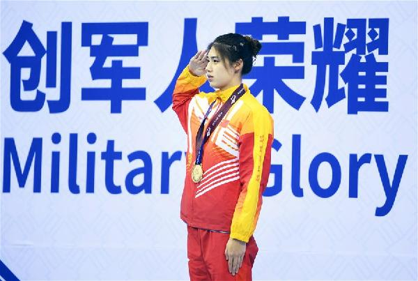 遊泳——女子100米蝶泳:中國選手張雨霏奪冠
