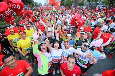 2019天門國際馬拉松開跑 中國選手獲得半馬女子組冠軍