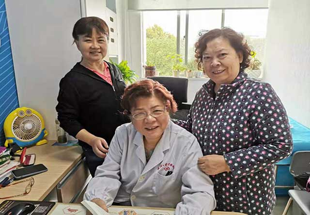 醫院離退休黨總支各支部開展志願服務