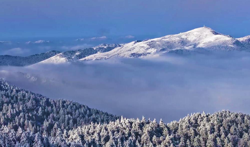 冬季神農架 詩情畫意的銀色世界