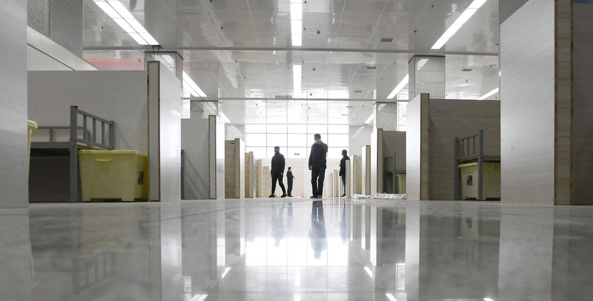 武漢加緊新建一批方艙醫院