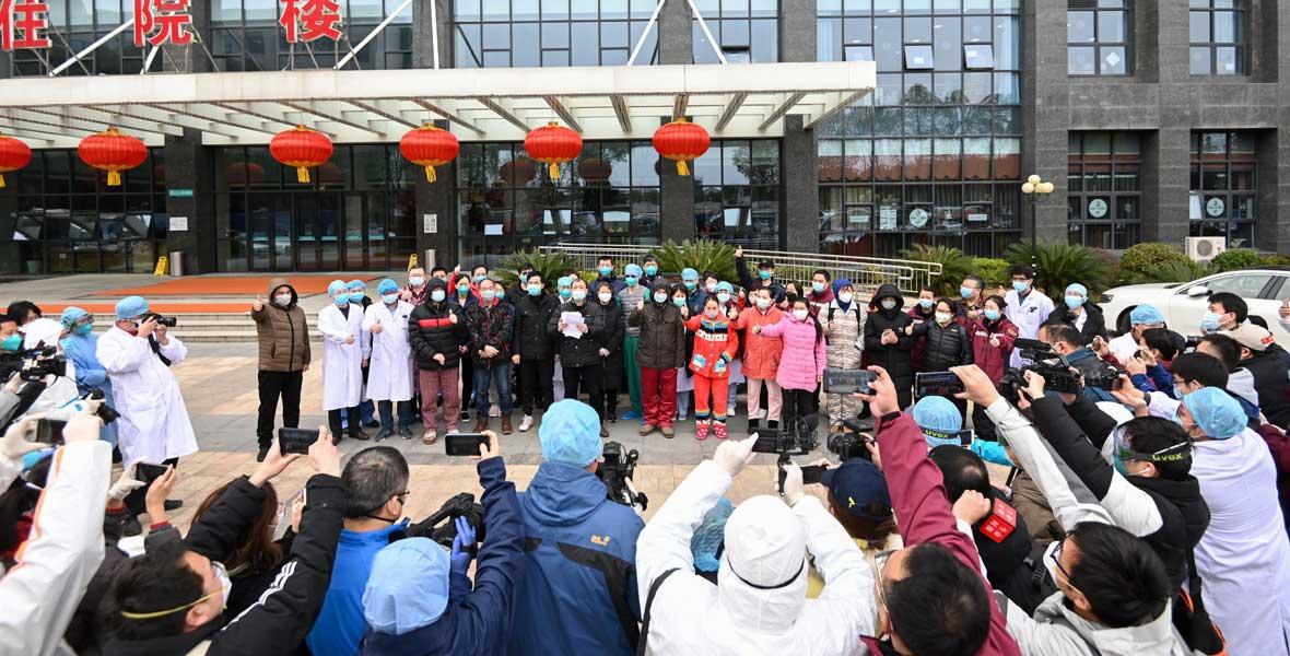 31名新冠肺炎重癥患者(zhe)治愈(yu)出院