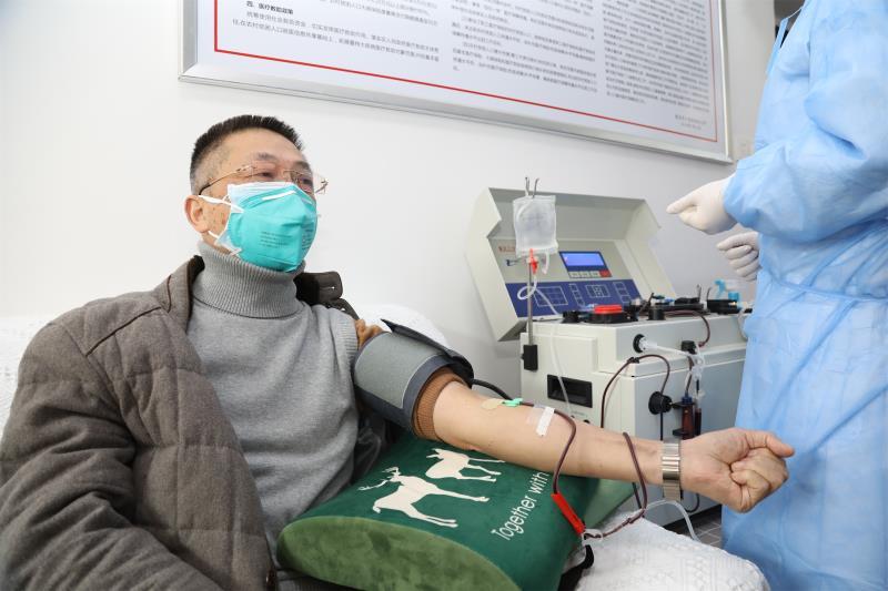 劉本德︰血漿療法在技術(shu)上是成(cheng)熟的,已產生實效