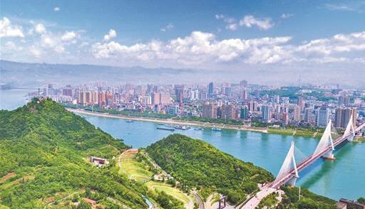 全(quan)國(guo)人大代表周洪宇(yu)︰強(qiang)化長江流域新興(xing)環境污染(ran)物的監(jian)管(guan)和防治