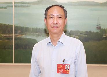全國(guo)人大代表肖黎(li)春hai)河嘔hua)充電設施建設運營補貼(tie)促新(xin)能(neng)源汽車(che)發展