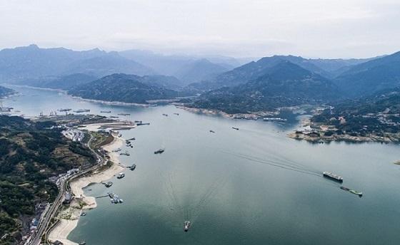 三峽(xia)水域航運漸忙