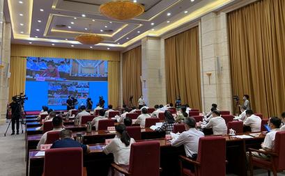 中(zhong)央(yang)企業(ye)共助湖北疫後重(zhong)振發展 簽約(yue)72個項目投資3277億元