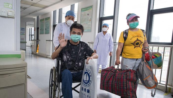 武漢市肺科醫院:最後一名康復期患者出院
