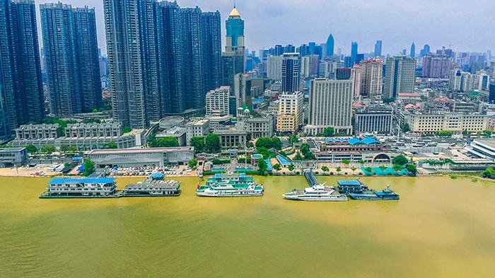長江漢口站水位超過設防水位
