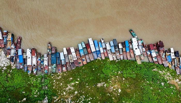 湖北秭歸:長江禁漁 漁船上岸