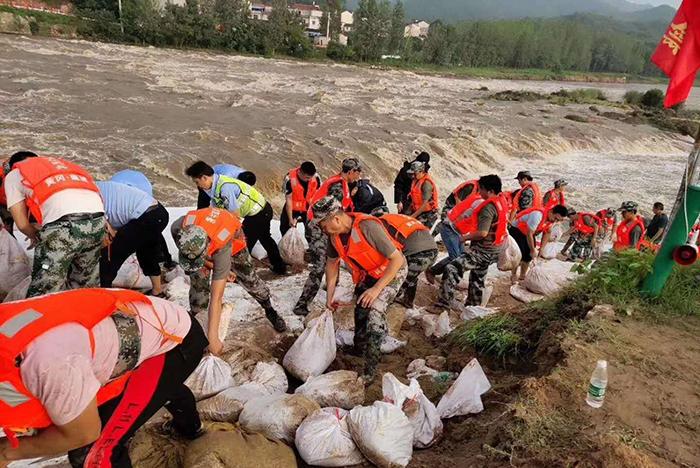 湖北黃岡各級黨組織和黨員幹部衝鋒一線抗洪救災紀實