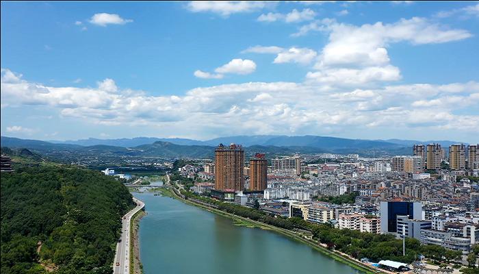 航拍宜昌黃柏河:水清岸綠入畫來