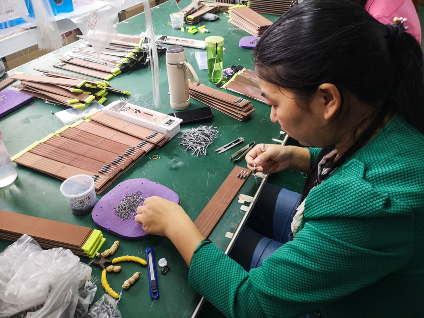 湖北鄖西:小魚鉤成就家門口就業夢