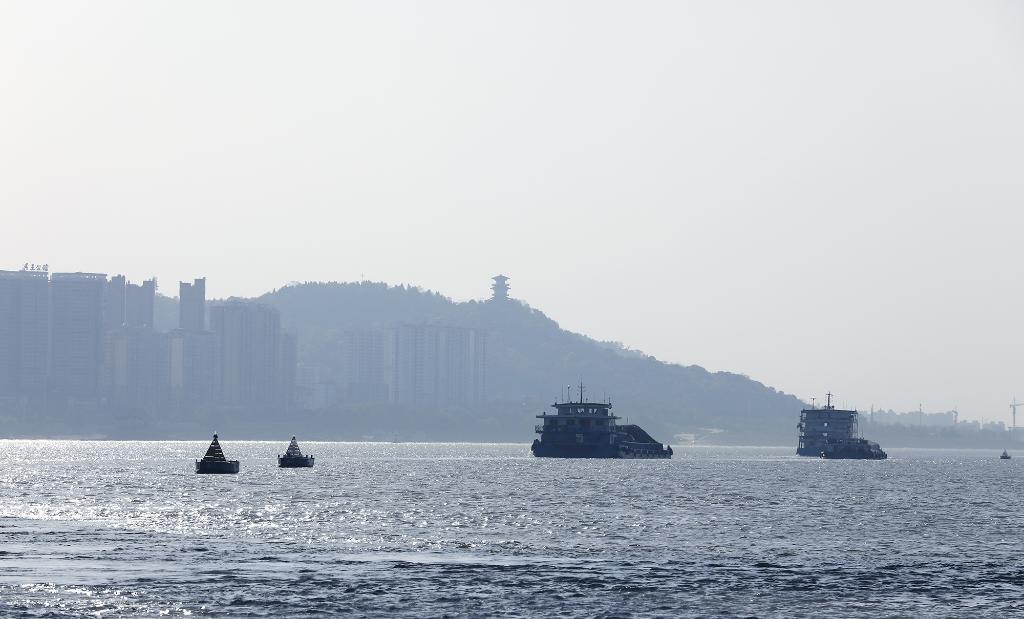 萬噸級江海船舶可常年直達武漢