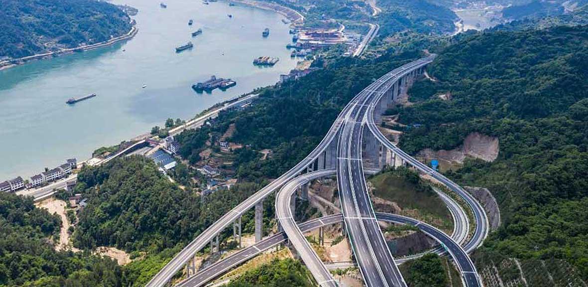 三峽翻壩江北高速公路即將建成通車
