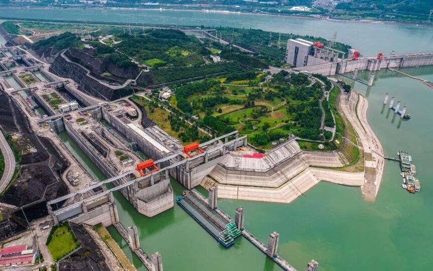 三峽船閘18年累計通過貨物逾16億噸