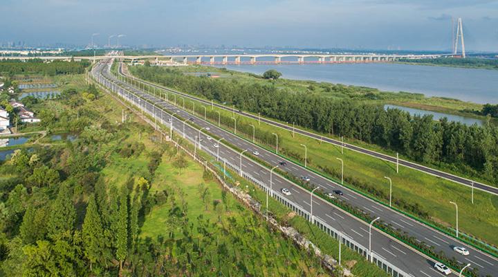 沿著高速看中國丨江北快速路:臨江、近江、看江的濱江快速路