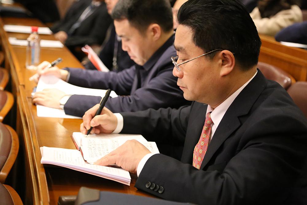 政协湖北省第十二届委员会第一次会议23日在武汉开幕,图为会议现场。新华网 连迅摄